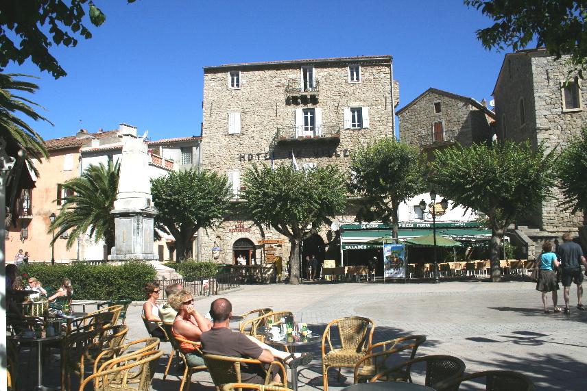 sartene-place-de-la-liberation.1186496692.jpg